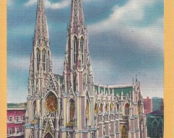 New York, NY Vintage Postcard - St. Patrick's Cathedral Catholic Church