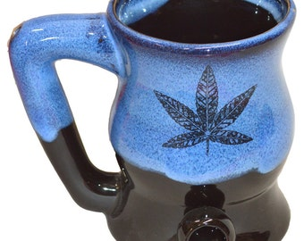 Garcia Blue Wake -n- Bake Mug with Five Point Leaf Design