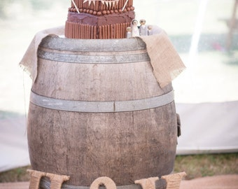 Twine covered rustic letters for outdoor/vintage/rustic/barn wedding