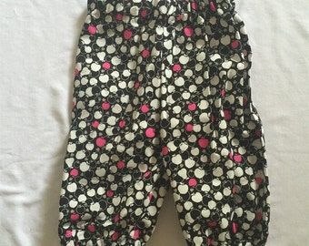 """Handmade Baby Girls Pants In """"Apples"""" Print 100% Cotton . Size 000"""