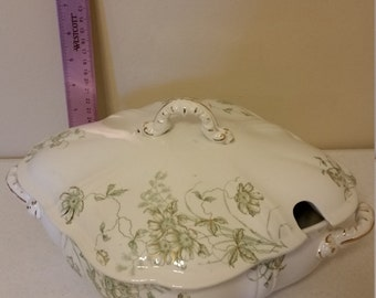 antique gem hanley england semi porcelain j g meakin 1940 era covered lidded soup tureen / casserole dish - green floral garland gold trim