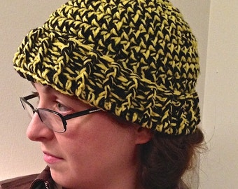 Black & Yellow Adult Winter Hat (small)