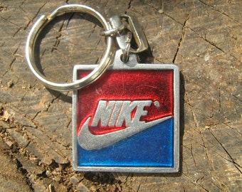 NIKE pewter  keychain 80's made in U.S.A.