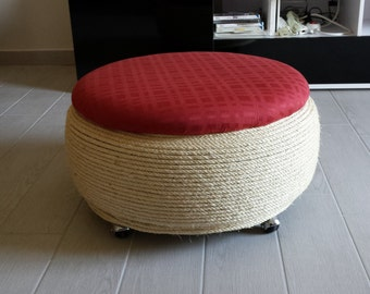 Pouf with tyre