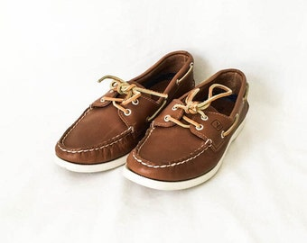 Sperry Top Sider Women's size 8 - Brown leather women's boat shoe - Nautical boat shoe women's 8 - Women's Sperrys - Leather boat shoes