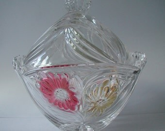 Beautiful Cut Crystal Glass Rose Design Trinket Box Lidded Bowl