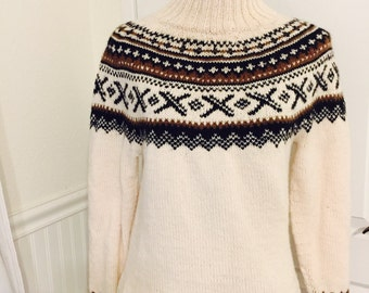 Women's ski sweater made to order