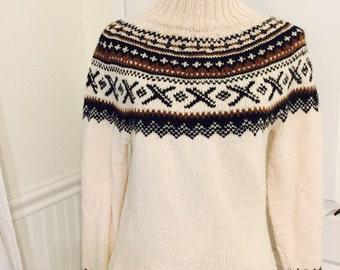 Women's ski sweater made to order