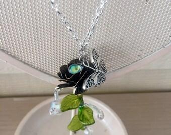 Dewdrop rose necklace