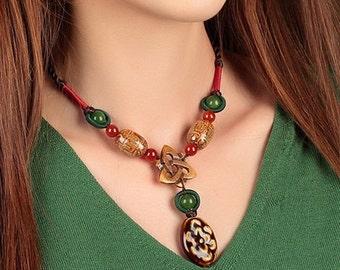 Elegant Handmade Ceramic/Agate Necklace. (X1446)