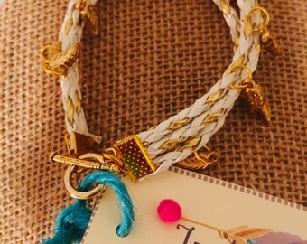 Indulgence White Gold leather Bracelet