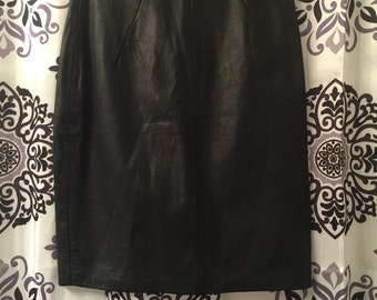S A L E :Black Genuine leather pencil skirt -large 9/10