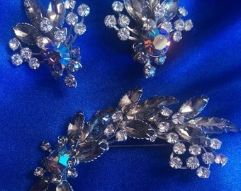 Vintage Rhinestone Brooch & Clip Earrings Set / FREE SHIPPING within U.S.