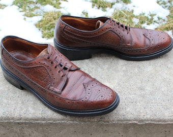 Vintage 1960s Water Bison/Buffalo Longwing/Wingtip/Gunboat Shoes, Men's Size 10 D (410), Made in Canada, Free Shipping!