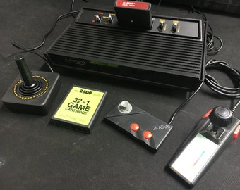 Atari 2600 Retro Gaming Set