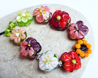 Annikalilly 's Lampwork | FLOWER BEADS Mix | Handmade lampwork bead set | flower beads 9 + 2 glass bead flowers poppy sunflower pansy red