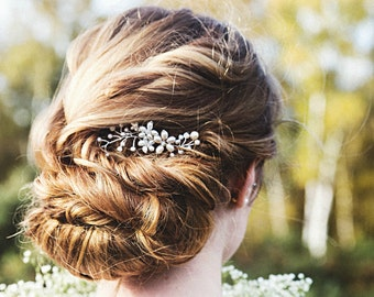Pearl and Crystal Flower Hair Comb, Bridal Hair Comb, Bridal Hair Accessories
