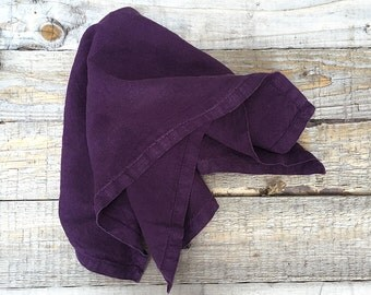 "Pure linen washed napkin ""Dinner"" // 45 x 45 cm // deep purple shade // best quality european linen // casual look // froissé fabric"