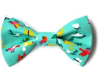 Dog bow-tie in Turquoise with birds