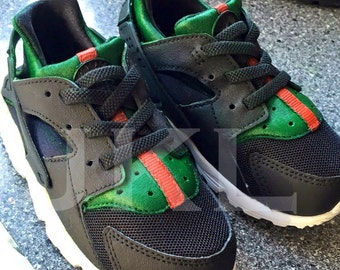 Baby/Toddler Nike Guccihuarache, Baby Guccihuarache, Toddler Gucci, Guccihuarache handpainted, Baby custom Gucci, Toddler Gucci Huarache