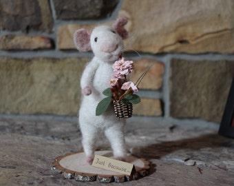 needle felted mouse, needle felted animal, needle felted mice, needle felted Waldorf, alpaca wool,