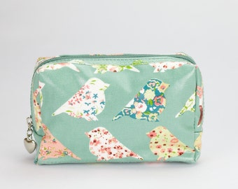 Small Makeup bag - Oilcloth zip pouch- Oil cloth Cosmetic case- Ladies Beauty pouch - Makeup organizer - Zip Beauty case - Green Bird