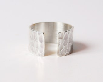 "Ring ""Léon"""