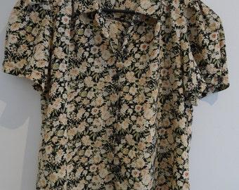 SALE Vintage 1980s floral blouse
