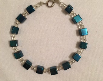 "Cute royal blue bracelet, 7"""