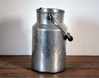 vintage aluminum milk jug, 1950-1960, farm French countryside, Made in France
