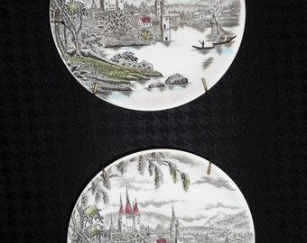 Vintage Pair of La Ville Decorative Plates