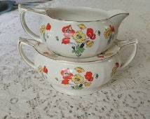 Vintage Alfred Meakin Nesting Cream and Sugar from 1940's.