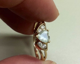 10K Yellow Gold Ring, Size 6.5