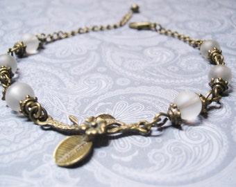 Quartz Crystal Bracelet-Vintage Bracelet-Beaded Bracelet-Gemstone Bracelet-Romantic Bracelet-Clear Quartz Bracelet-Romantic Jewelry-