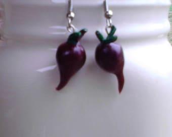 Beet dangle earrings