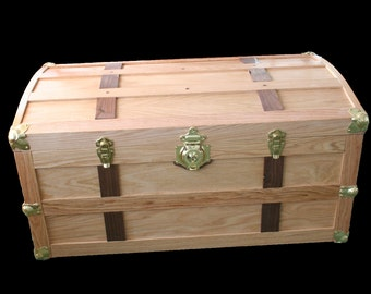 Oak Steamer Trunk - Light