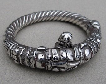 Former silver bracelet of Rajasthan - India. Quality collection