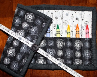 Black & White Crayon Roll Up, Crayon Holder, Crayon Tote, Gender Neutral, Art Supplies, Boy Crayon Holder, Toddler Crayon Roll