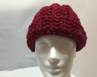 Knit hat in burgundy #1029