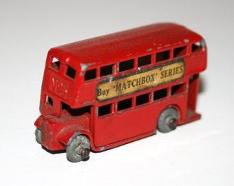 """Vintage 1950's MATCHBOX / LESNEY #5 'London Double Decker' 2"""" Long Diecast Bus"""