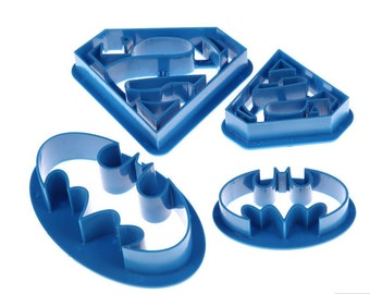 Batman and Superman Cookie Cutter Set - FREE SHIPPING