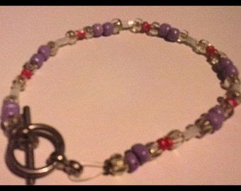 Dainty Glass beaded purple and pink bracelet