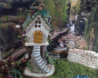 Fairy Garden Tree House, Resin Fairy Garden House For your Fairy Garden, Woodland Fairy House, Fairy Home for Miniature Gardening