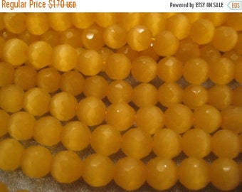 ON SALE Yellow Cat's Eye Faceted Round 6mm Beads 71pcs