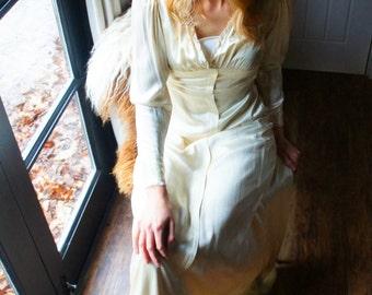 Ruby 1930s Vintage Wedding Dress
