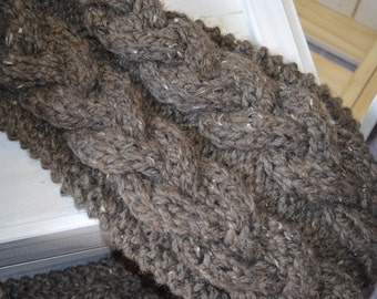 Knitted cables chunky infinity barley beige scarf, comfy and warm for winter and spring - cozy fashion for her - women winter wear