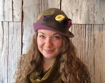 Olivea - felt hat, wet felted hat, green hat, cloche, felt hat for women, felt flower