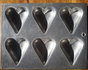 Vintage Wilton Hearts Baking Mold