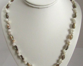 Shell wire woven necklace