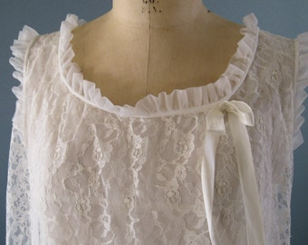 White Lace Nightgown / Vintage Nightgown by Nan Flower / Lace Lingerie